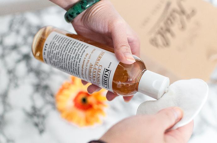 Toner hoa cúc Calendula Herbal Extract Alcohol-Free Toner