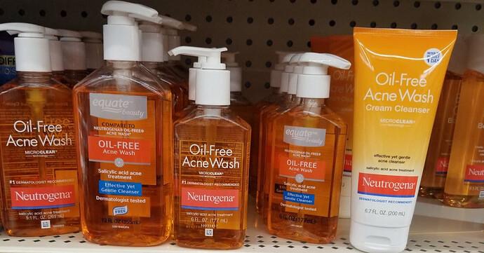 Dung tích Neutrogena Oil Free Acne Wash