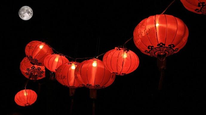 Bai-van-khan-cung-ram-thang-Gieng-2021-tai-nha-chuan-nhat-2