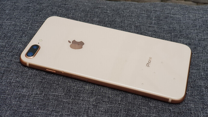 iphone-8-plus-64gb-h1