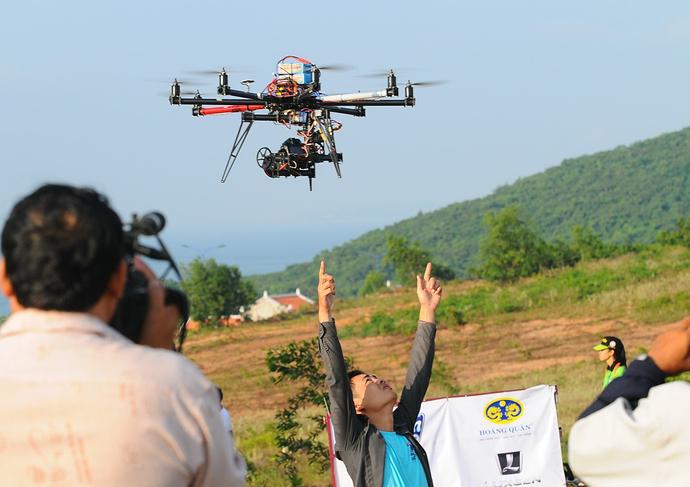 Cần lưu ý gì khi mua Flycam