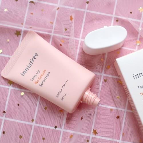 kem-chong-nang-innisfree-tone-up-no-sebum-sunscreen8