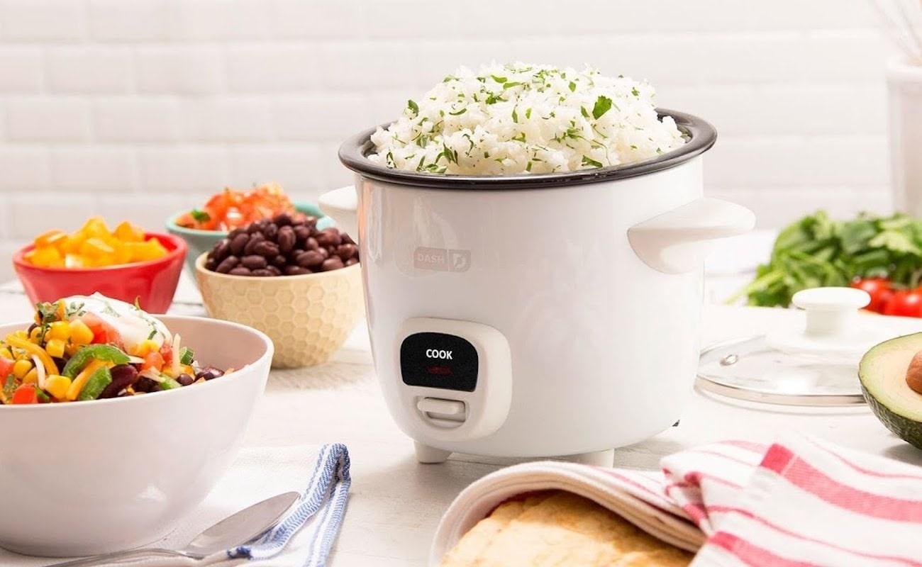 Nồi cơm điện mini cho gia đình nhỏ