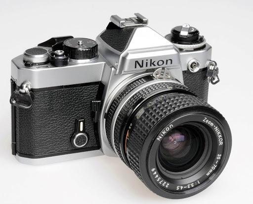Máy ảnh phim ống kính rời Nikon
