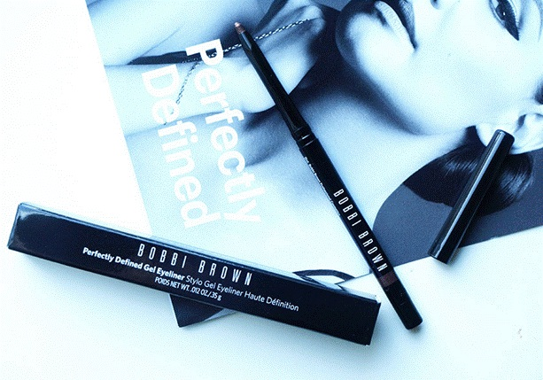 Bút kẻ mắt dạng Bobbi Brown Gel Perfectly Defined Gel Eyeliner