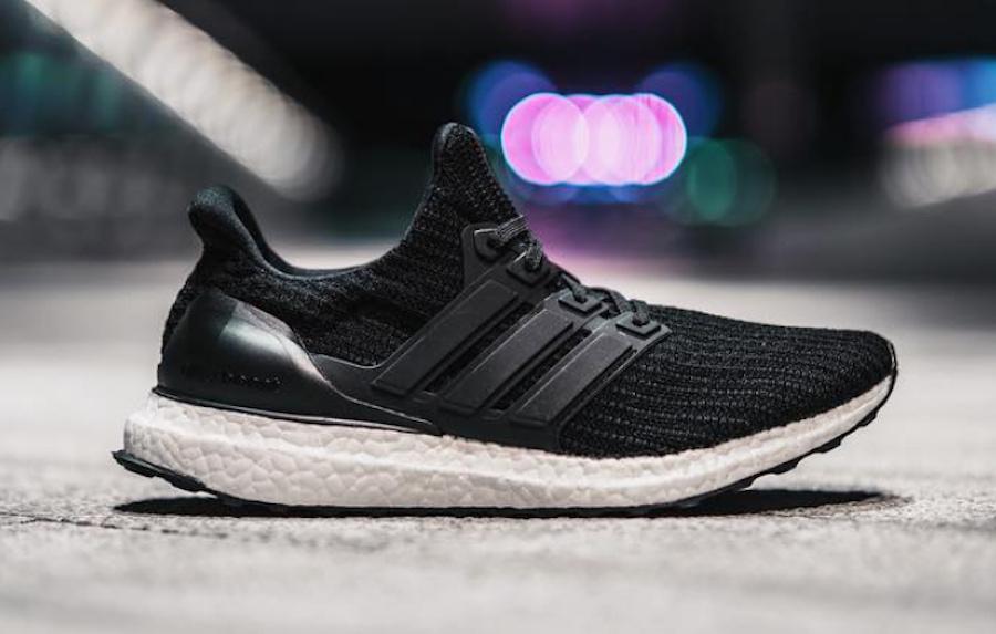 Sneaker Adidas Ultra Boost 4.0 Core Black