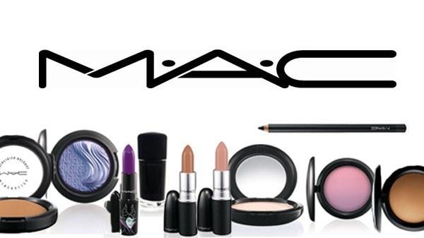 Review-nuoc-xit-khoang-Mac-Prep-Prime-Fix-2