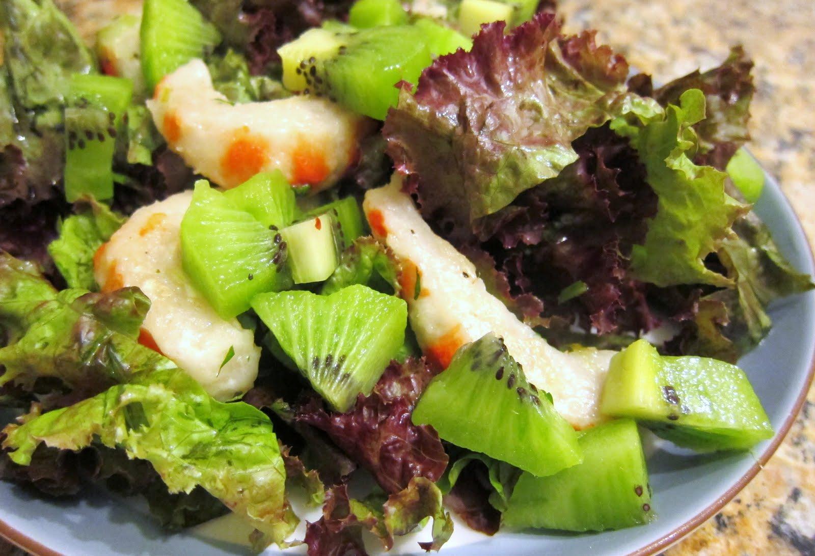 Thực đơn giảm cân với salad Kiwi