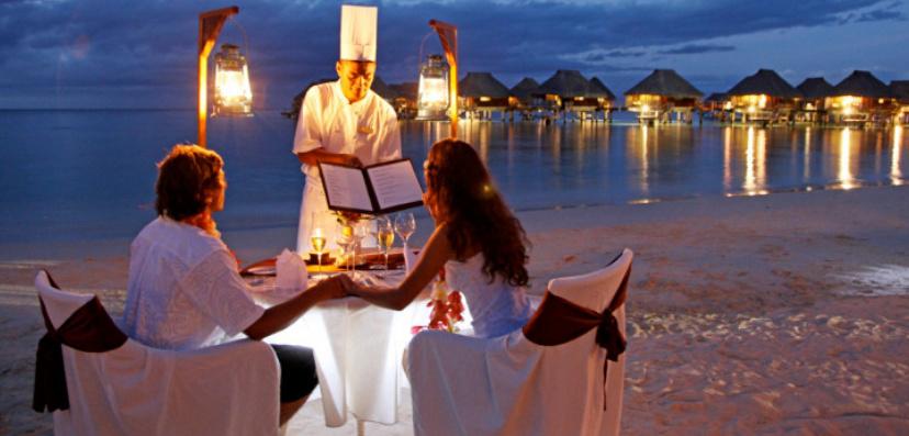 bữa ăn tối lãng mạn đêm valentine