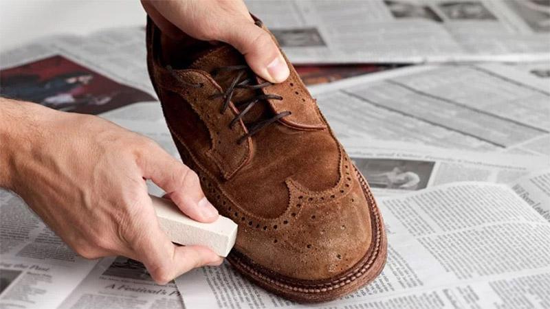 vệ-sinh-giày