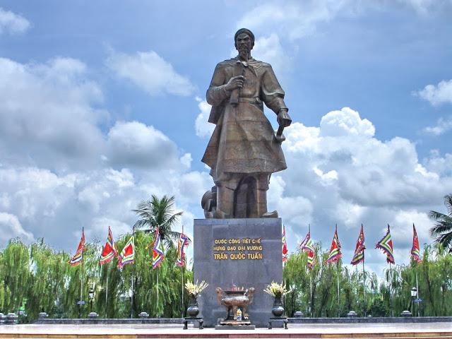 Top-7-diem-du-lich-noi-tieng-cua-Nam-Dinh-nhat-dinh-phai-den-mot-lan-1