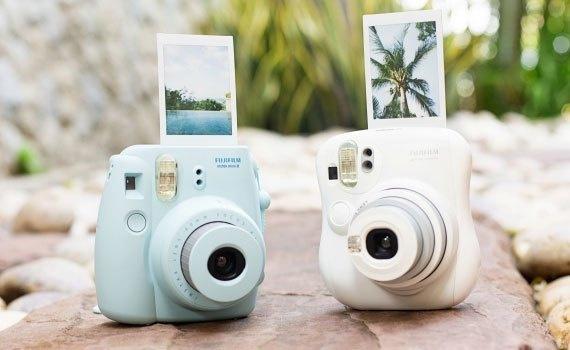 Máy ảnh Fujifilm Instax