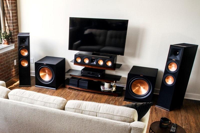 Những điều cần lưu ý khi mua loa karaoke gia đình - Thiết bị âm thanh & Phụ kiện - docuhp.com
