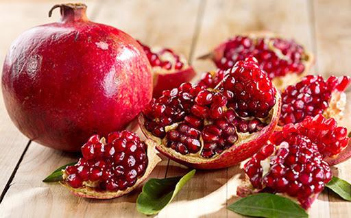 Review-tinh-chat-Innisfree-Jeju-Pomegranate-Revitalizing-Serum-7