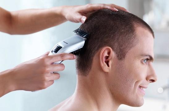 Tông đơ cắt tóc nam