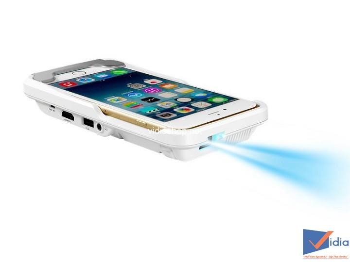 Goi-y-5-may-chieu-Mini-Cho-iPhone-dang-dung-nhat-1