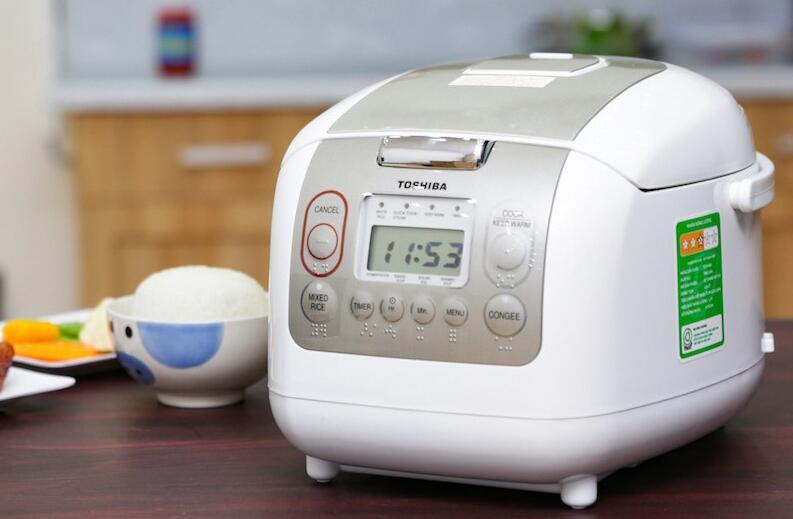 review-noi-com-dien-toshiba-chinh-hang-gia-re-7
