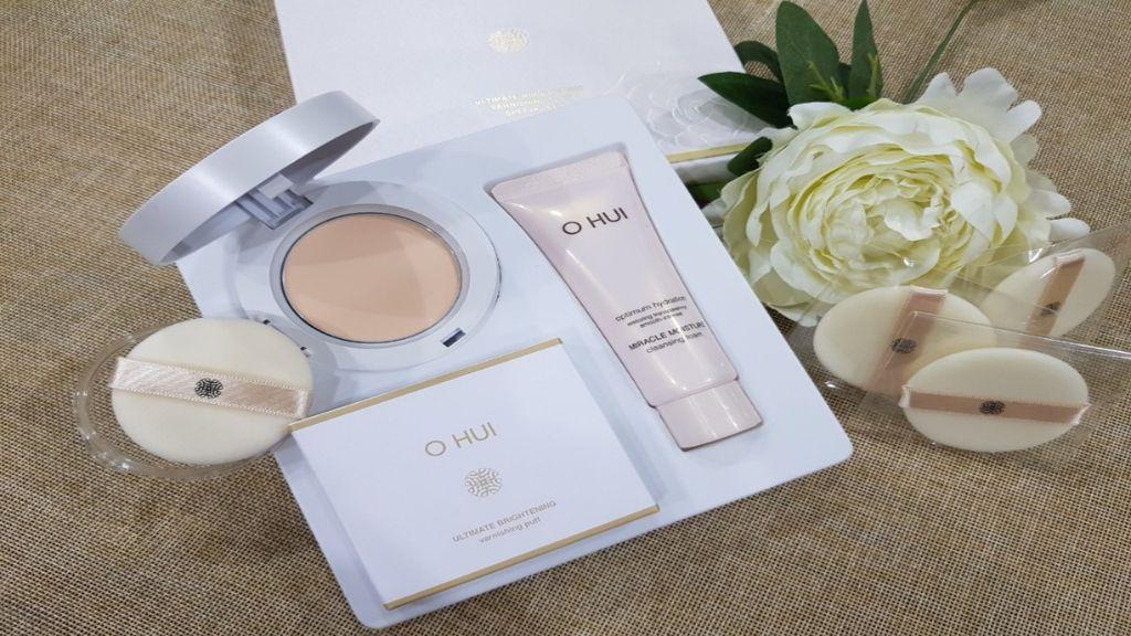Review-phan-phu-Ohui-Ultimate-Brightening-Varnishing-Pact-SPF30PA++-3